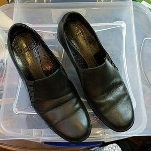 Shoes womans Dansko. Leather  black size 8